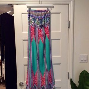 Multicolored dress with side slit